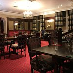 The dining room in the evening: not busy but poor service