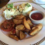 Chesapeake Eggs Benedict