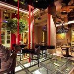 Επτά 7 Εστιατόριο Μπάρ