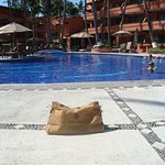 Casa Velas infamous travel bagvisits the pool