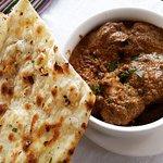 Chicken Lababdar with garlic naan (indian flat bread)
