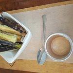 ภาพถ่ายของ Brique Modern Kitchen