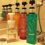 Kanebo brand shower products