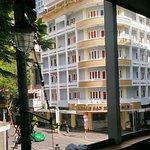 호텔 앞 커피샵 2층에서 바라본 후옹센!