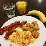 Nice breakfast buffet!!!