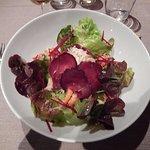 Salade queue d'écrevisse, jambon sec. une merveille