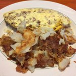 Sausage omelette w hash browns