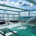 roof top hydrotherapy pool with amazing views of Miami Beach
