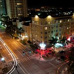 PONCE DE LEON HOTEL BY NIGHT