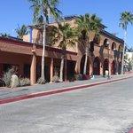 Hotel California, Podos Santos Baja
