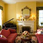 Bourbon Manor Bed & Breakfast Photo