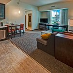 Residence Inn by Marriott Kansas City Downtown/Convention Center Guest Suite
