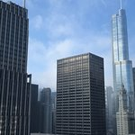 Photo de Embassy Suites by Hilton Chicago Downtown Magnificent Mile