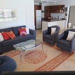 Onetangi Beach Apartments Foto