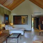 Victoria Beachcomber Resort & Spa Photo