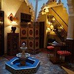 La salle à manger et lieu de reception charmant