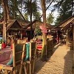 ภาพถ่ายของ Sabai Sabai Bangsak Beach Restaurant