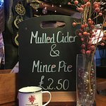 Mulled Cider & a Mince Pie for just £2.50