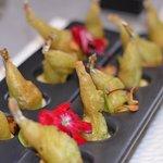 gambettes de grenouilles tampura au wasabi et navet.
