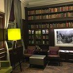 Photo of BEST WESTERN Mornington Hotel