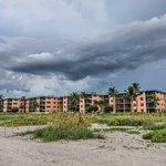 Foto de Ocean's Reach Condominiums