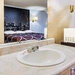 Guest Room - King Bathroom