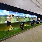 Oakwood Premier Health & Fitness Center - Indoor Golf Range