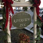 Lois Jane's Riverview Inn Photo