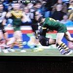 Sports - Aussies down Kiwis