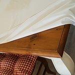 Bed sheet on sticky dirty dining table. Broken Lights. Kontiki