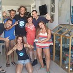 Grupo de buceadores en Windblue diving