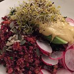 Salade quinoa & houmous