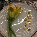 Flor de calabaza con Camarones. Delicious.