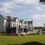 A sunny day at Raheen Woods Hotel.