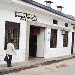 Foto del frente del restaurante Brasas de mi Tierra