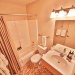 2 Bedroom Suite Restroom
