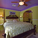 Front Carriage House Room