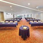 Puedes realizar eventos ejecutivos en nuestros cómodos salones.