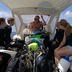 Under Hundred Diving Foto