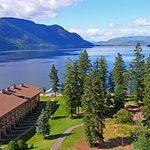 Amazing location on the shores of Little Shuswap Lake