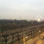 The Tour Eiffel and Christmas roue