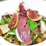 Salade avec figues et viande !