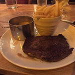 Fantastic tasty simple steak & chips 👍
