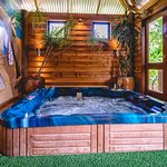 Garden view hot tub