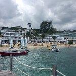 Beautiful resort w amazing views.