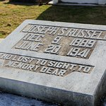 "Grave marker of ""Sloppy"" Joe Russell"