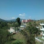 Nice location, enjoy food while enjoying the beautful valleys