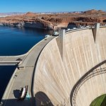 Lake Powell, Glen Canyon Dam, Hwy 89 Bridge shadow