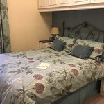3 recently refurbished rooms