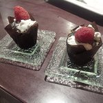 Mini chocolate lava cakes w/fresh raspberries